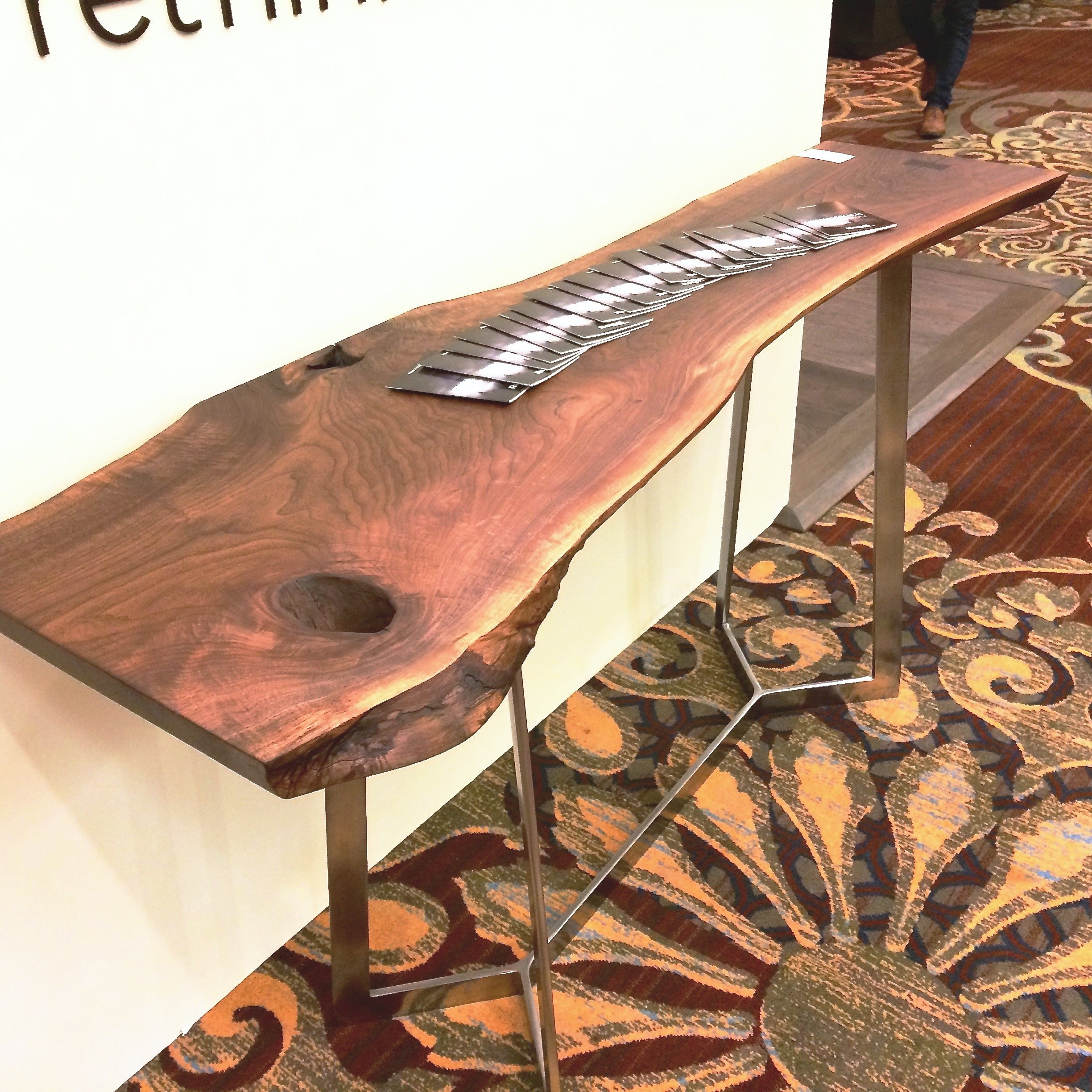 Walnut Innover Table 1